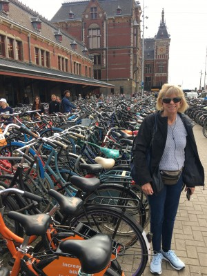 The Dutch like their bicycles!