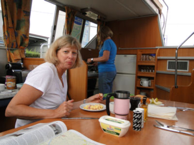 breakfast on the boat
