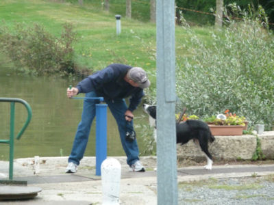 Getting help from the lock-keeper's pooch