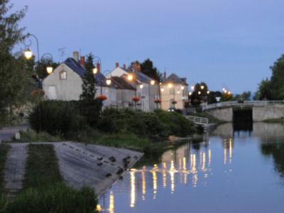 Cercy-la-Tour at dusk