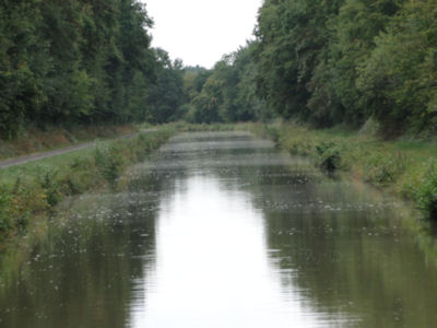 Nivernais Canal in the rain