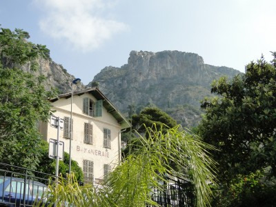 Our hilltop hiking destination from the Èze-sur-mer train station