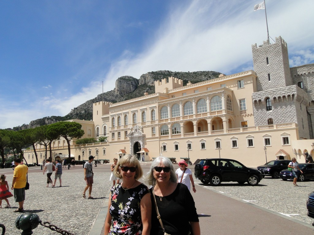 Jill Lehman and Dawn Davis in front of the Prince's Palace
