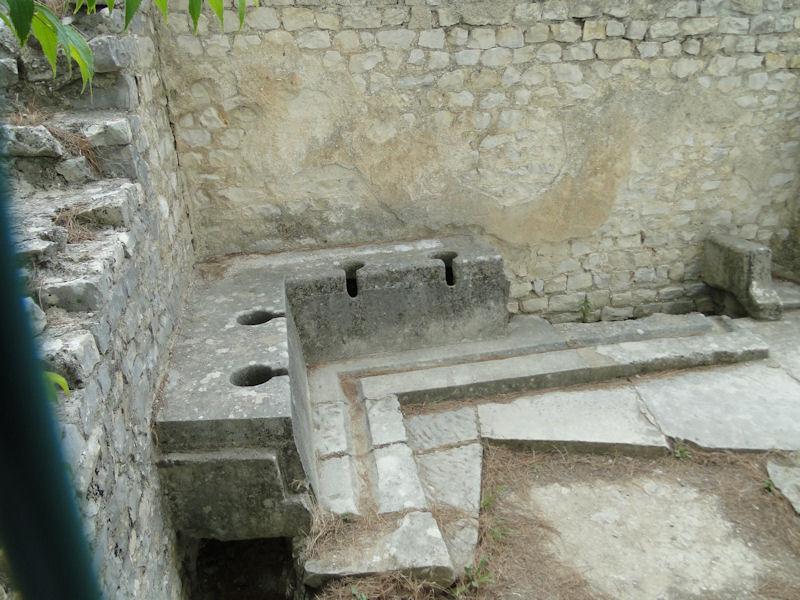 Roman public toilets in Vaison-la-Romaine