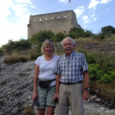 Jill Lehman and Rich Davis at the base of the Vaison-la-Romaine medieval château