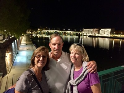 Dizela, Henry and Jill on the banks of the Garonne river in Toulouse.