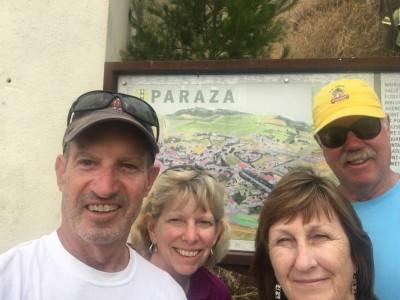 Henry, Jill, Dizela and Roger selfie at Paraza